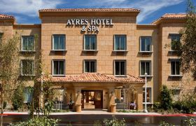 Front Exterior of Ayres Hotel & Spa Mission Viejo
