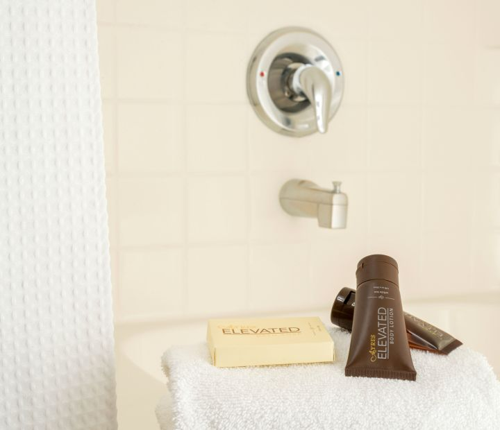 Ayres Hotel Anaheim Bathroom Amenities