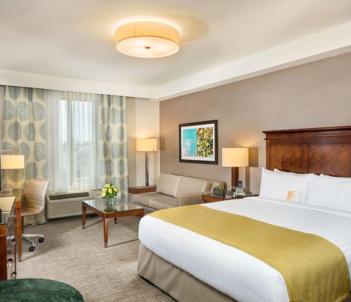 Anaheim Hotel by Honda Center | Ayres Hotel Anaheim
