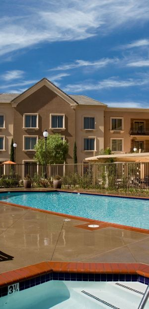 Ayres Hotel Chino Hills Exterior Pool and Spa
