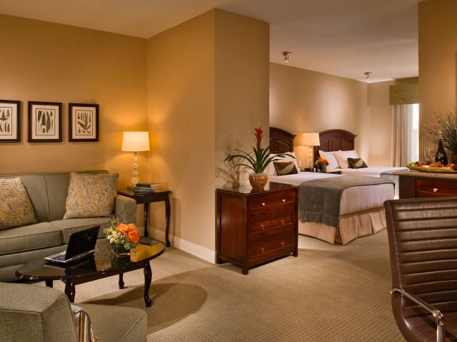 Ayres Hotel & Spa Mission Viejo 2 Queen Guestroom