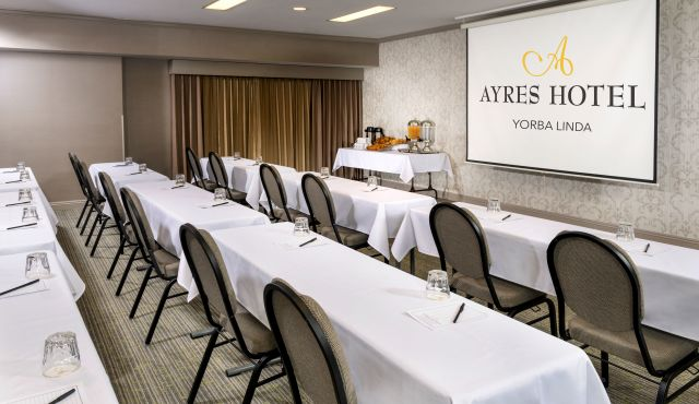 Ayres Suites Yorba Linda Meeting Room