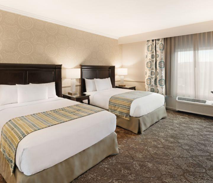Pool Tables Table Felt Free Good Billiards S Amp Reviews: Ayres Hotel Corona East Hotel Near Riverside California